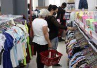Faturamento do comércio cresceu 5,8% no Natal, diz Fecomércio/SC